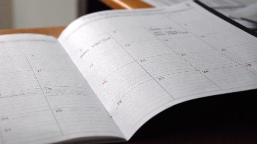 aufgeschlagener Kalender, Redaktionsplan